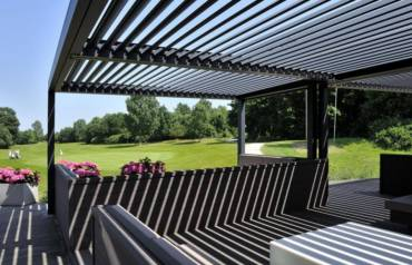 Retractable roofing Australia and the benefits of installing a pergola