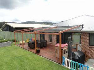 Retractable Awnings - Star Figtree
