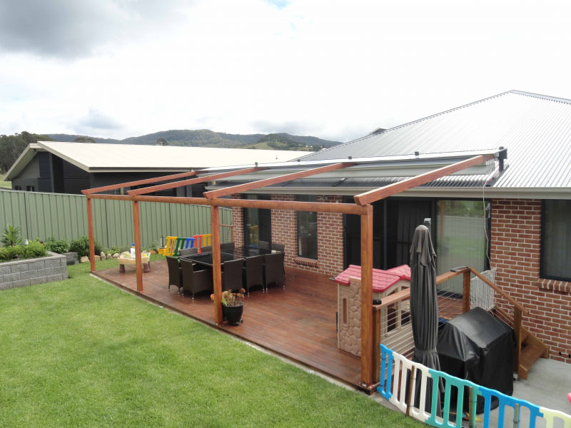 Tips and Tricks to choose the best Colour for Your Retractable Awnings