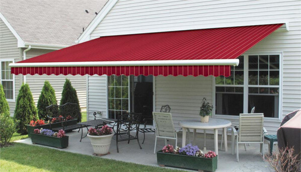 Reasons to Install a Commercial Awning to Your Business!